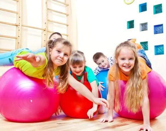 体适能可以让孩子们有知识、有技能、有信心去享受健康的体育运动