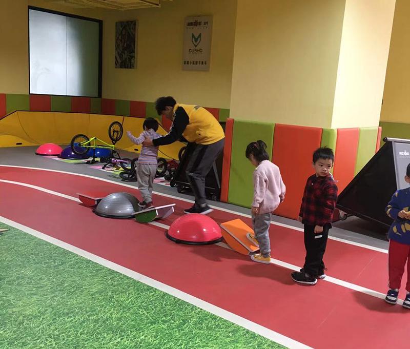 少儿体适能训练项目中,肌肉和柔韧性的训练要注意什么呢?
