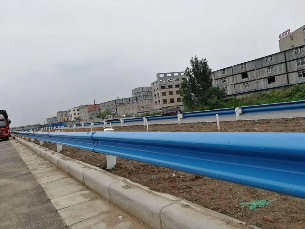 波形护栏的作用原理以及规格