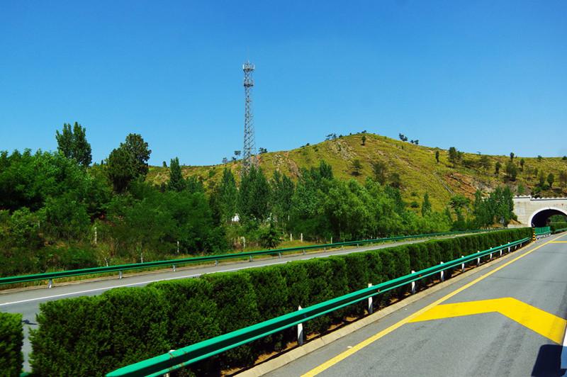 影响贵州公路护栏价格的因素有哪些?