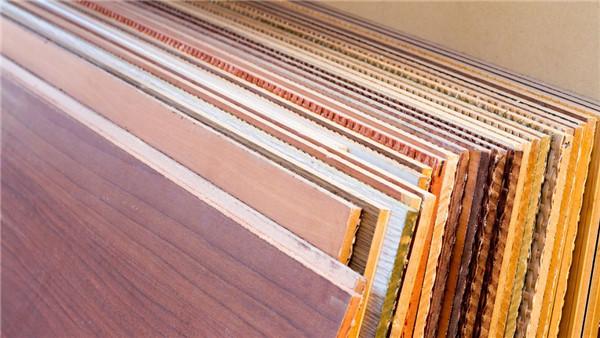 使用銅排和鋁排的密集母線槽有何不同?