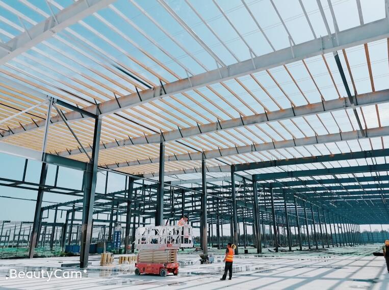 中铁十二局4300吨钢结构工程项目