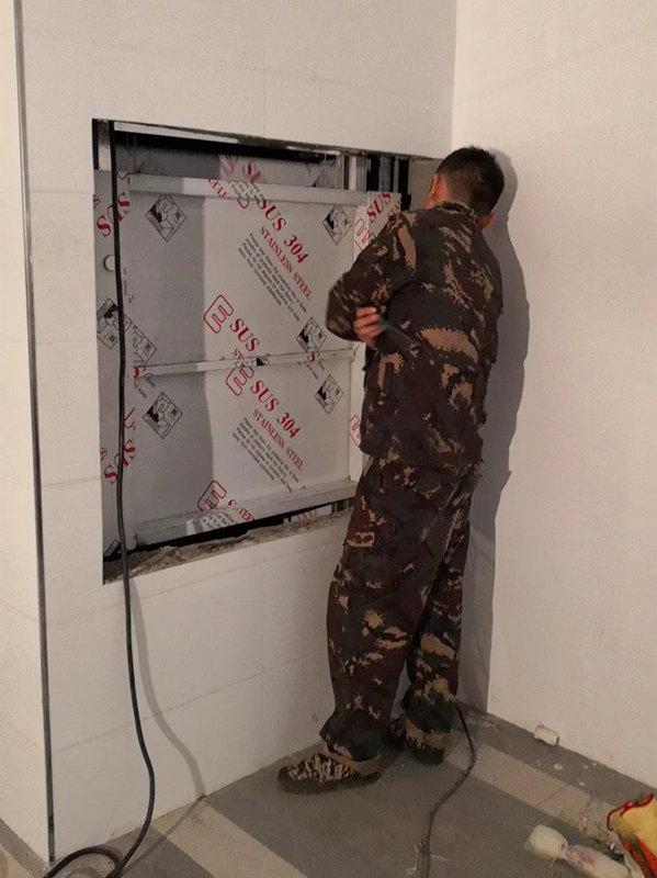 电梯安装调试现场