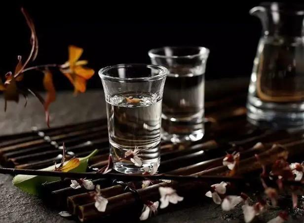 浓香型白酒的发展你了解过吗?——白酒的生态价值。