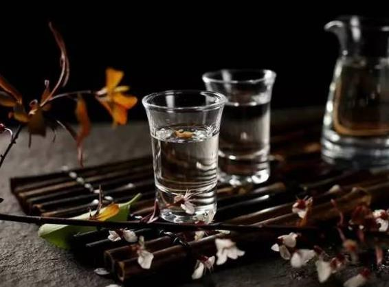 你知道白酒的保质期是多久吗?