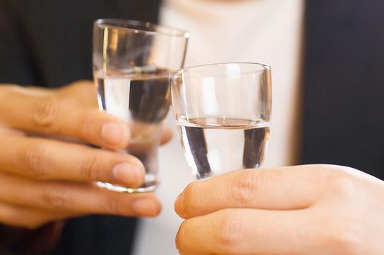 你知道白酒发苦是什么原因造成的吗?