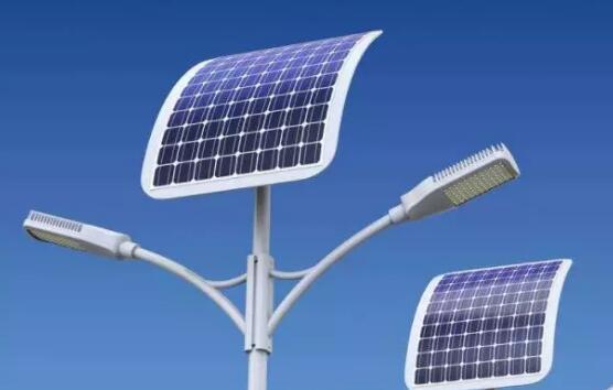 太阳能路灯真的比传统路灯贵吗?