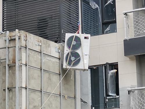 成都空調外機吊裝成功案例