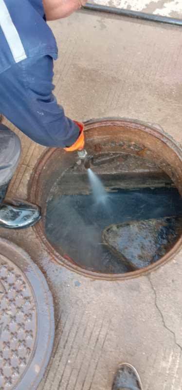 渭南万达广场隔油池清理、管道疏通