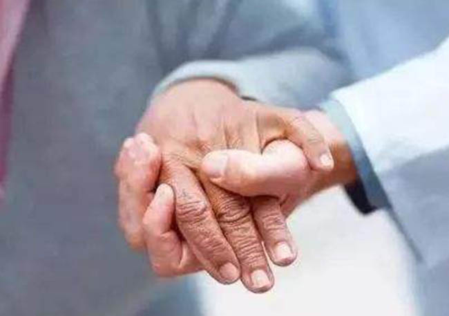 失能老人的照顾事项