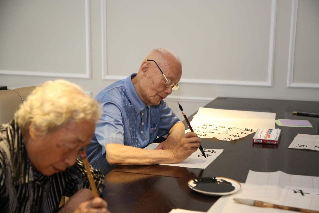 老年人补钙注意事项
