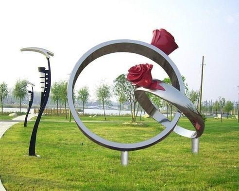 四川不锈钢雕塑在城市中的地位