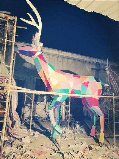 四川不锈钢雕塑(3)