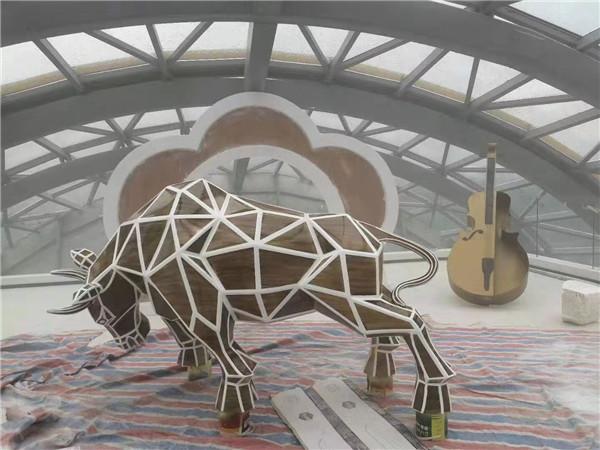 四川玻璃钢雕塑(4)