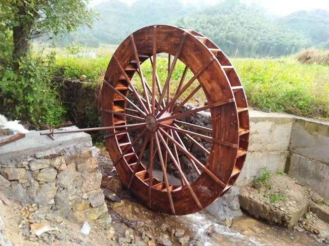 成都防腐木水车