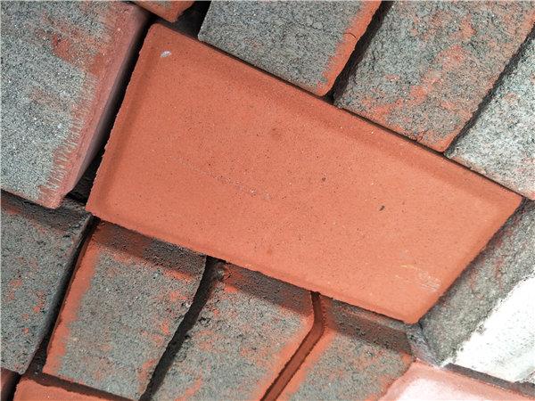陕西透水砖的优点,武功飞跃环保的小编为您整理好了