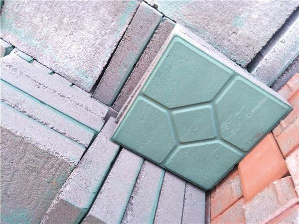 彩色透水砖流行的原因是什么?