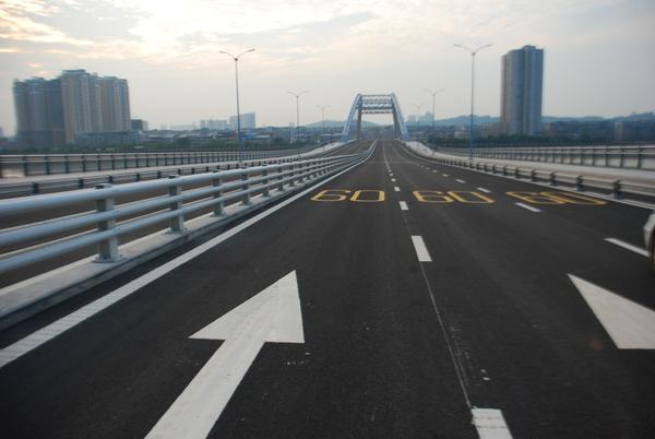 高速道路划线施工案例