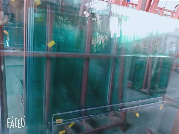 对于钢化玻璃与热弯夹层玻璃炸裂问题的探讨和分析