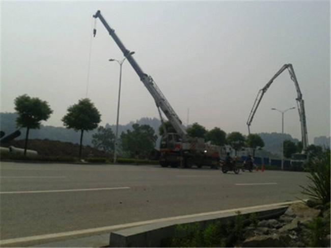 宜昌市城乡路大型涵管铺设