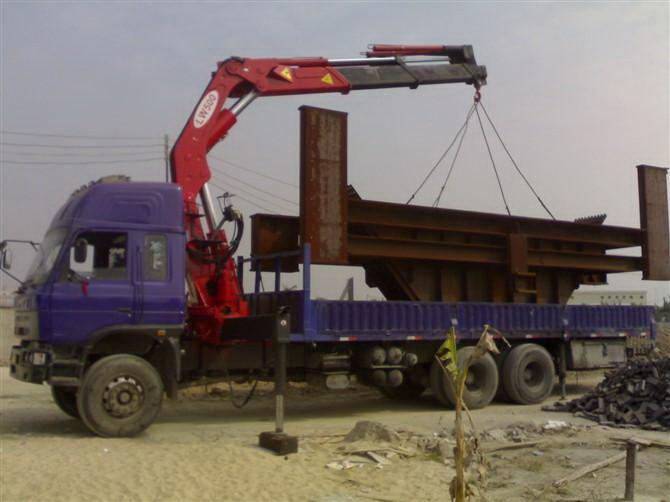 如果我们的起重吊装搬运设备发生了漏油的现象,这样处理就对了