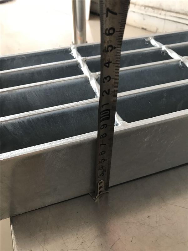 钢格栅板生产