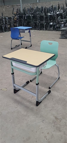 河南课桌椅