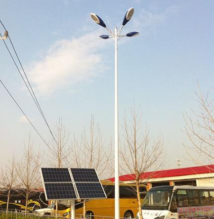 山西太阳能高杆灯(金三普路灯):加工厂再次增加高新科技资金投入