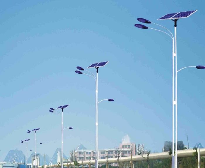 山西太阳能路灯厂家为您分享太阳能发电系统后期的维护与保养-金三普
