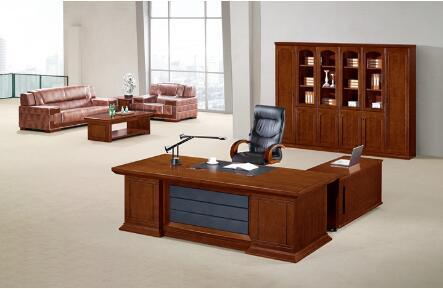 办公家具选择成品好还是定制家具好?
