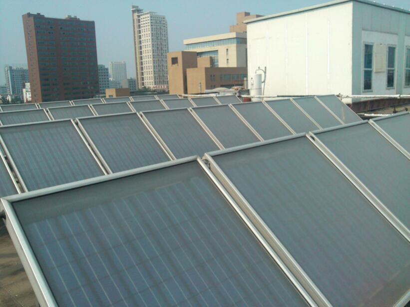 同样是节能环保新能源,空气源热泵与太阳能相比有哪些优势?