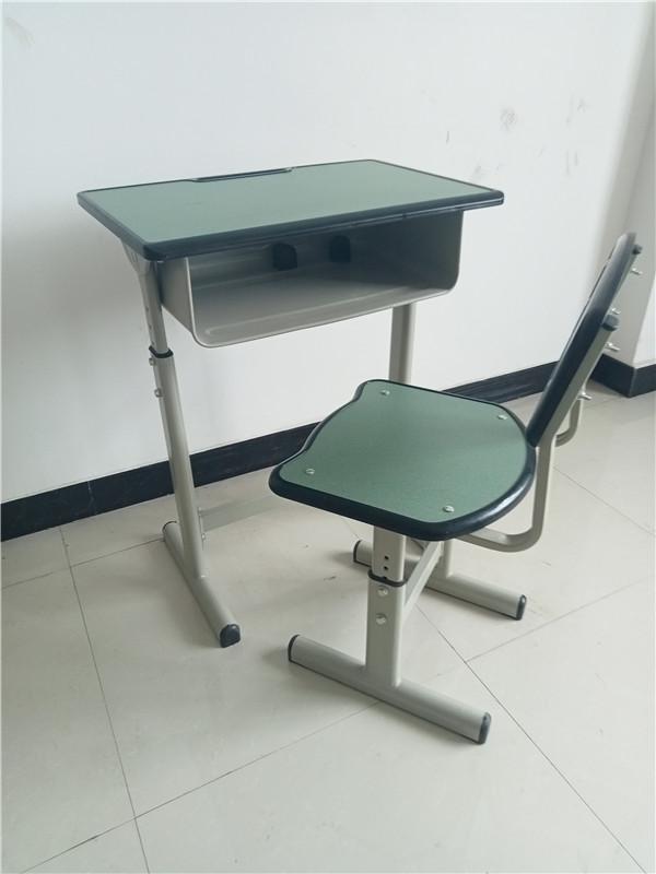 成都学生课桌椅