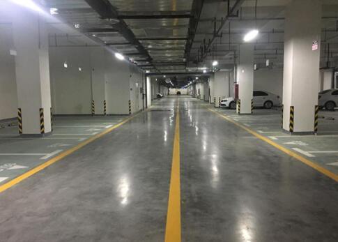 混凝土固化地坪和树脂环氧地坪的区别