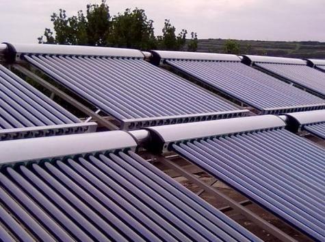华方机电分享:太阳能热水器与电热水器的优缺点对比