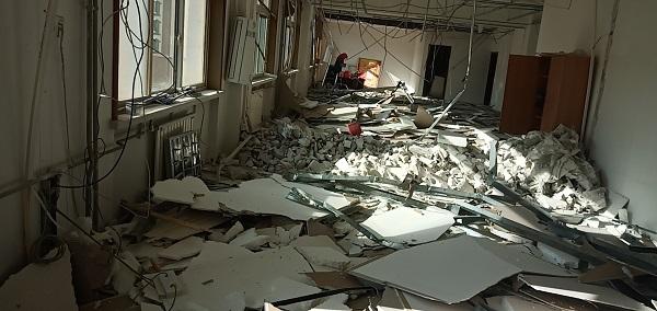 宾馆拆除施工