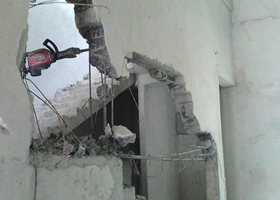 在宁夏室内拆除过程中,承重墙拆除完应该如何加固