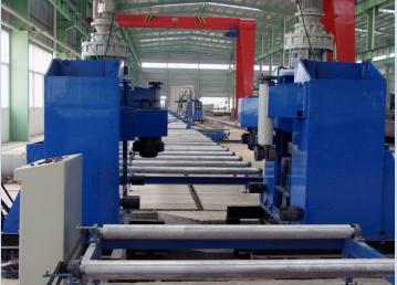 钢结构加工厂  现场设备
