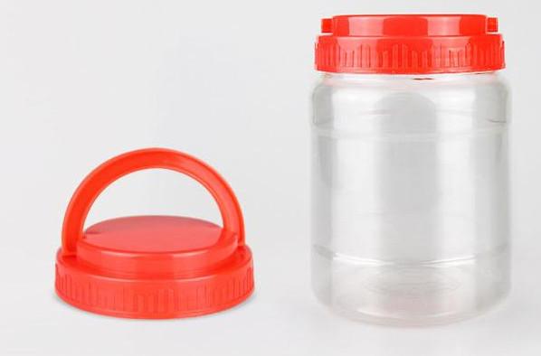 在为蜂蜜选择包装瓶应该选择什么样的?用塑料瓶子装蜂蜜安全吗?