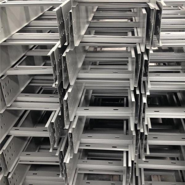 陕西梯级式桥架厂家
