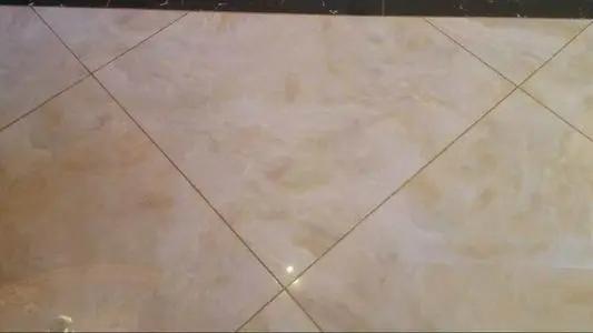 美缝发现瓷砖缝隙有水仍然想做施工应该怎么解决?