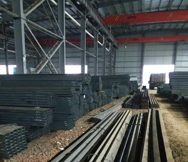云钢网电子商务带你了解下角钢的种类规格