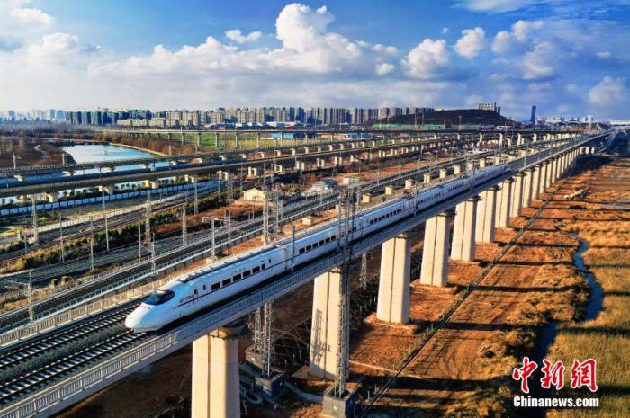 铁路清明小长假运输今日启动,预计发送旅客4970万人次