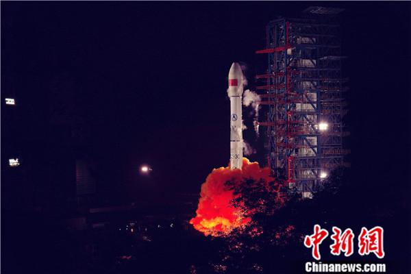 中国成功发射天链一号05星