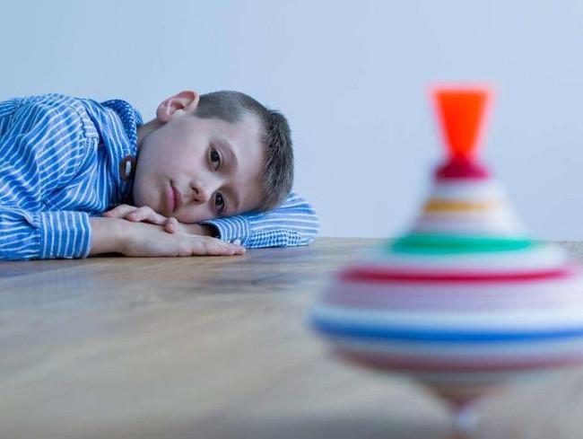 自闭症儿童融入集体之前,这四个问题必须先解决