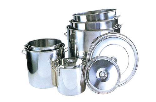 怎样清洗不锈钢厨具会更好?西安厨房设备厂给大家支招