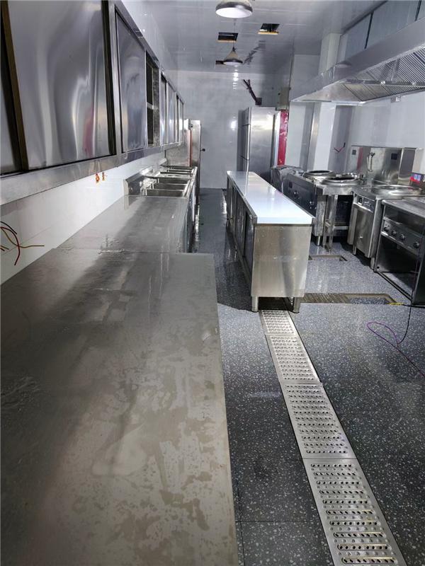 古西楼西餐店厨房设备-排烟新风