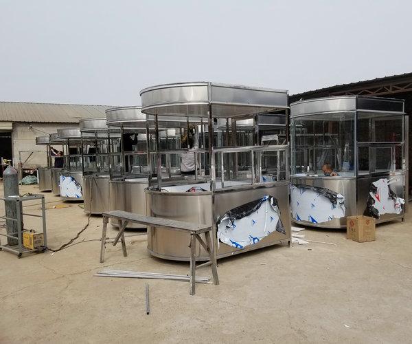 甘肃省某市163台椭圆岗亭竣工