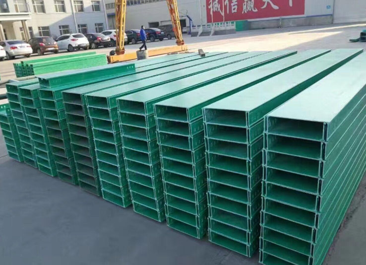 关于耐腐蚀玻璃钢桥架的配件知识分享,跟陕西电缆桥架厂一起了解