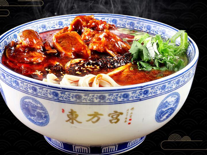 东方宫的牛肉面原材料是怎么样来挑选的?