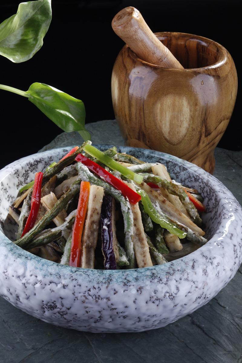 干香茄条炒长寿豆